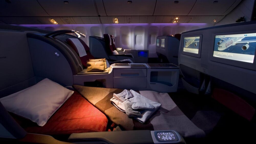 17629065-Qatar-Airways-First-Class-Cabin-1475063606-1000-6d67cfd5a7-1475128073