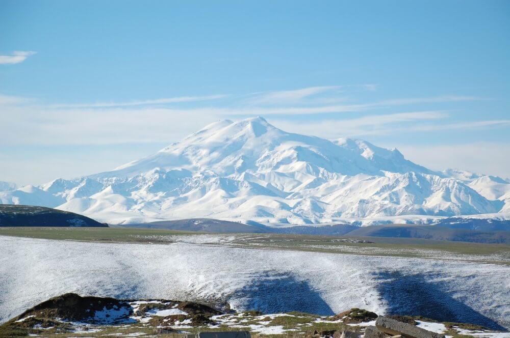 4547105-R3L8T8D-1000-Mount_Elbrus_May_2008