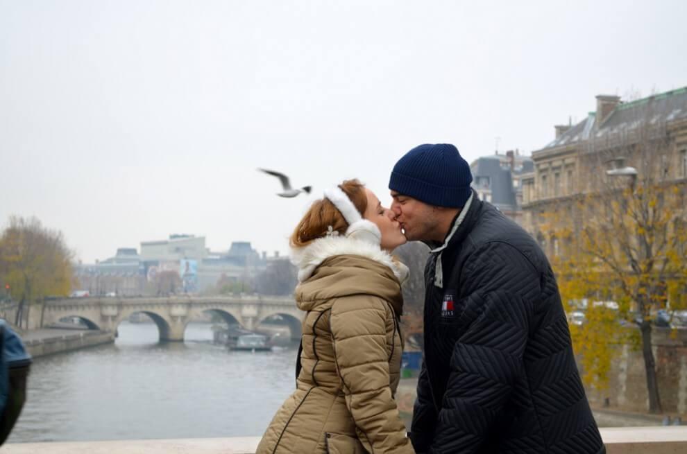 Viator_PC_France_Paris_Notre-Dame_Seine-River_1394-990x655