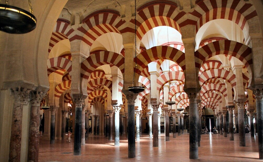 6558560-Mosque_of_Cordoba-1000-ffe9f021d8-1484578215